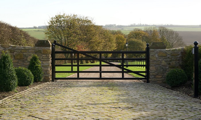 5 bar steel farm gate cantilever sliding