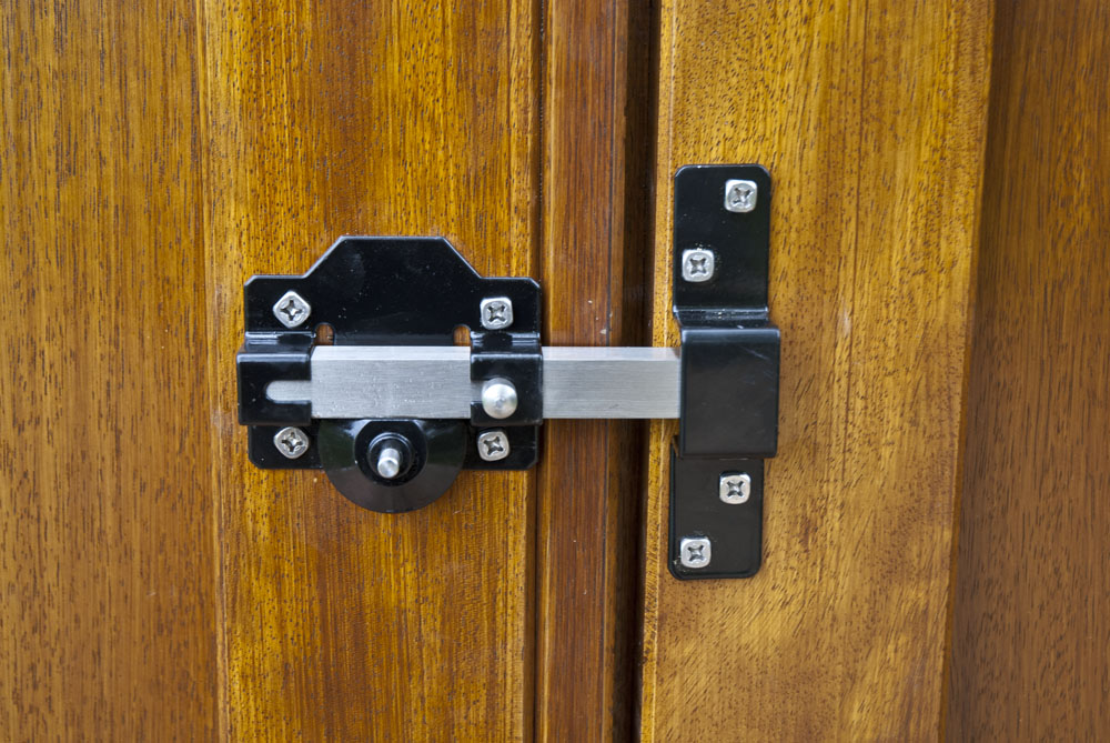 raywell-rear-timber-gate-lock
