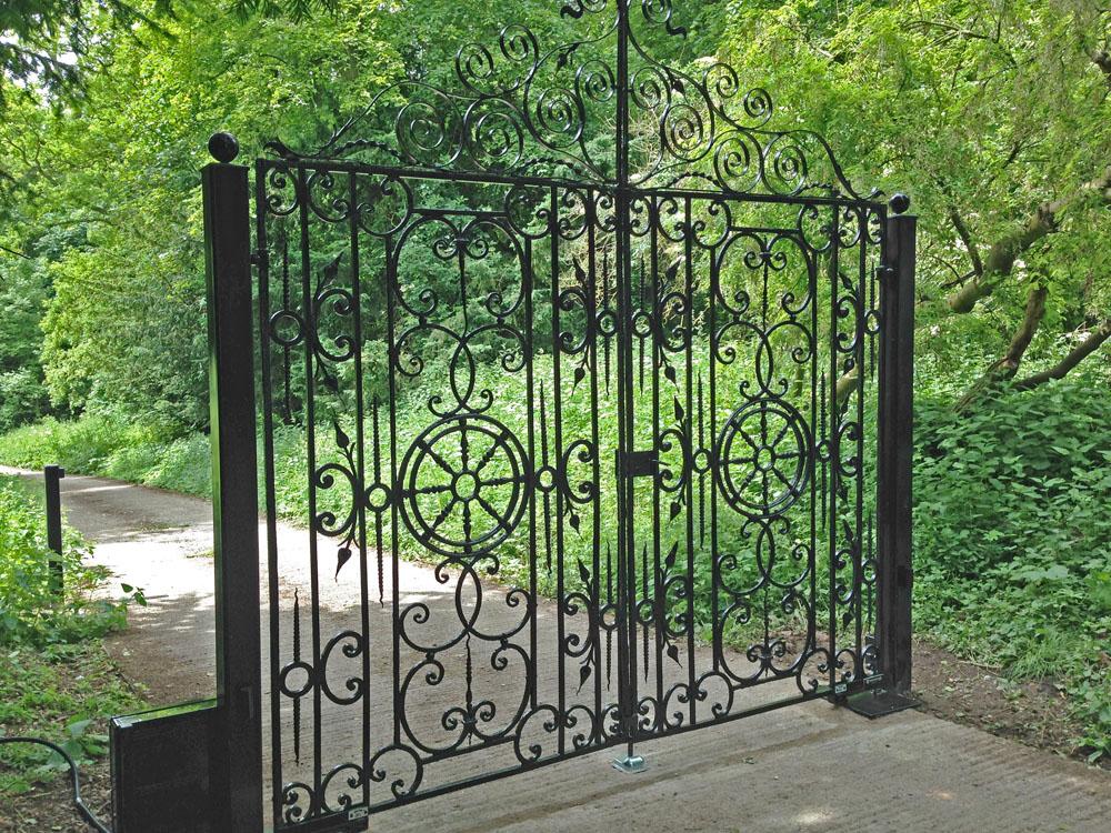 steel-gates-warter2
