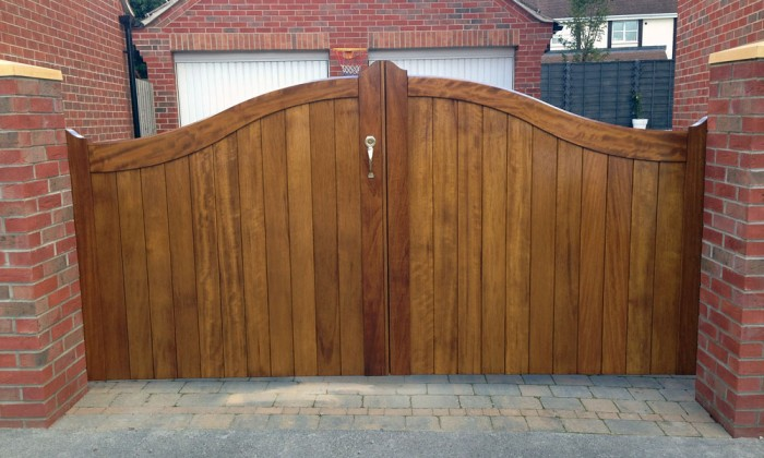 iroko timber gate