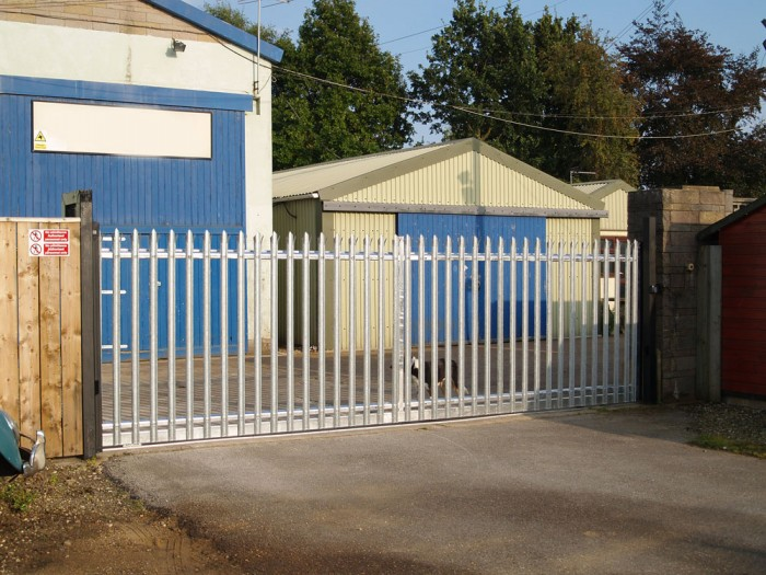 Electric gates hull steel wrought iron