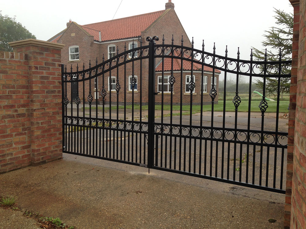 wrought-iron-gates-black