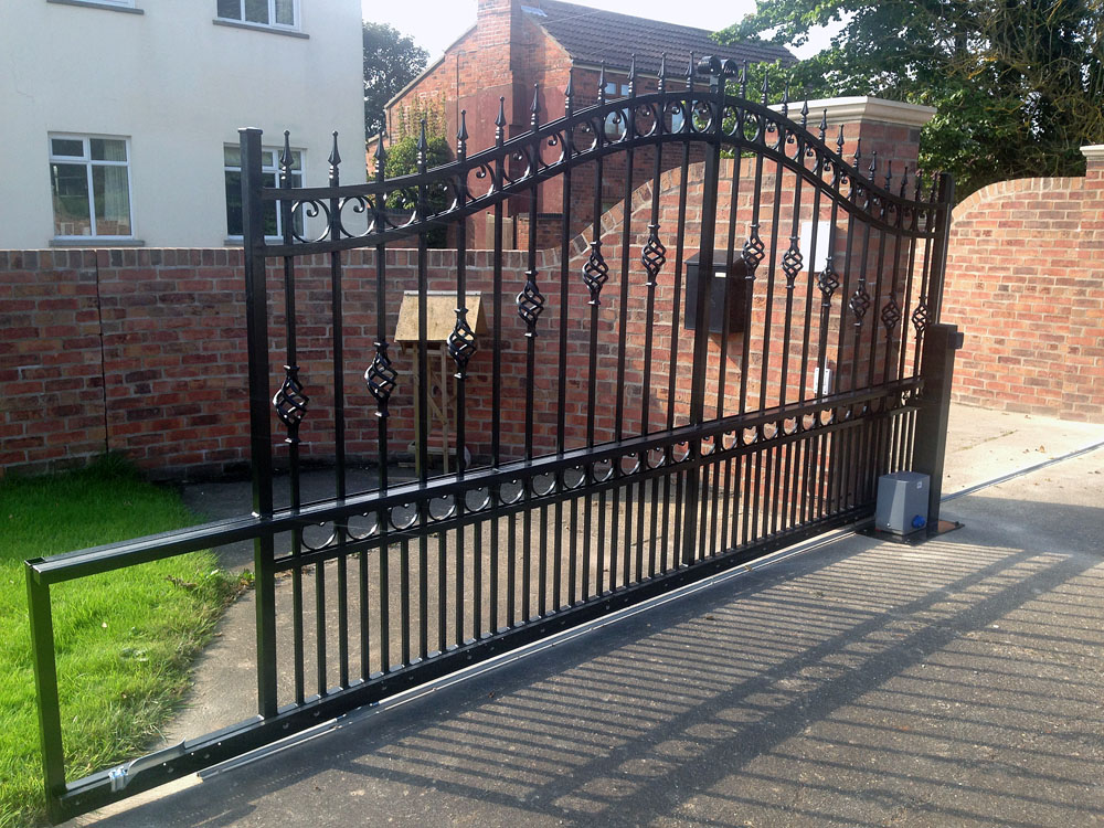 wrought-iron-sliding-gate-black3