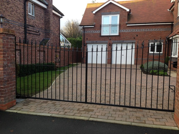 curved top steel gate hassle