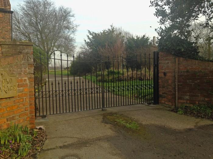 wrought iron gates lincoln