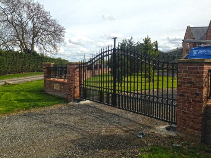 wrought-iron-gates-and-railings-hull