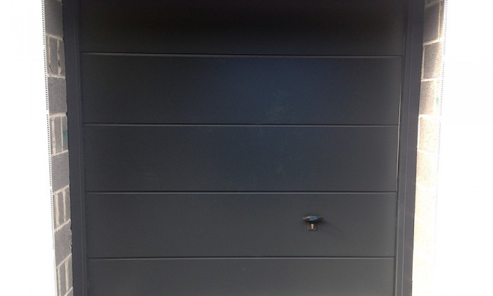 novoferm sectional garage door in anthracite