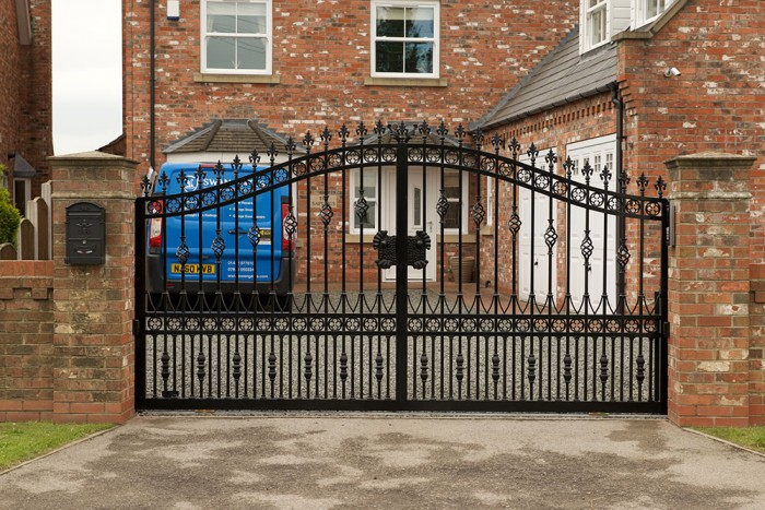 Pollington Wrought Iron Sliding Gate