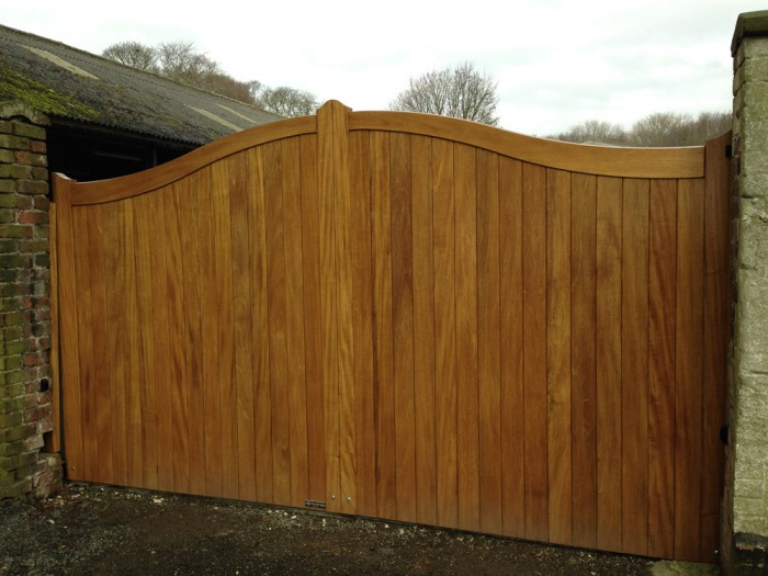 Timber Electric Gates Hull Electric Or Manual Wooden Gates