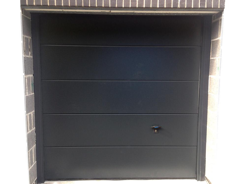 novoferm sectional garage door in anthracite